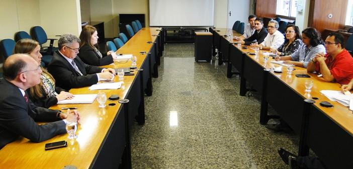 Banco da Amazônia cancela reunião sobre ACT PLR 2014. Sindicato suspende assembleia dessa terça (3)