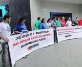 Por água potável e mais contratações, Sindicato protesta em frente à Superintendência da Caixa em Belém