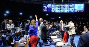 Senado aprova proibição de doação eleitoral a partidos e candidatos