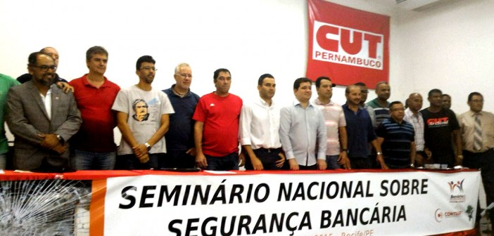 Seminário Nacional busca soluções para a insegurança nos bancos
