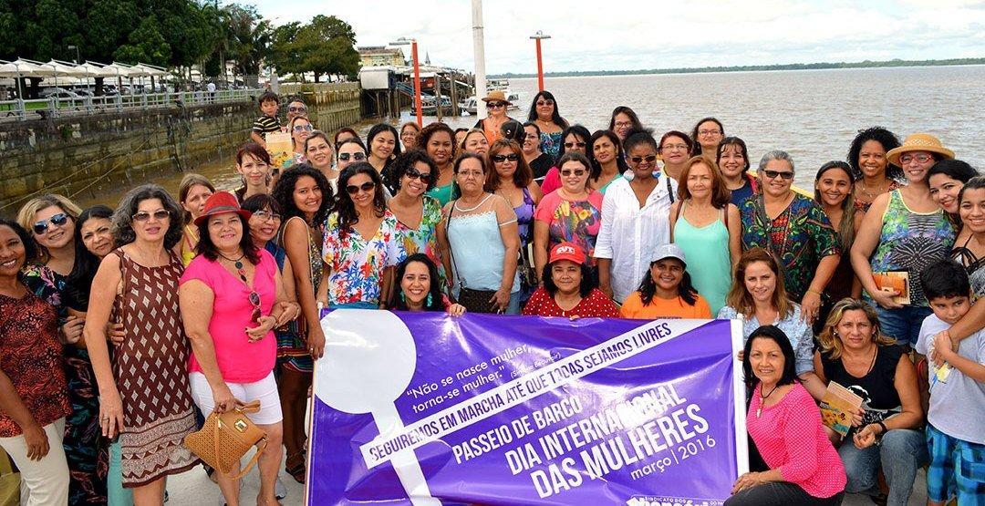 b71a048aabb Sindicato debate sobre a mulher no mundo do trabalho durante passeio de  barco
