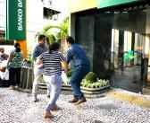 Presidente da AEBA agride funcionários do Sindicato na matriz do Banco da Amazônia