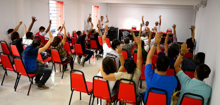 Bancários aprovam participação na paralisação nacional da classe trabalhadora nessa quinta (22)