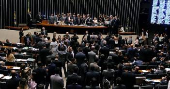 base-governista-manobra-e-aprova-urgencia-para-pl-da-reforma_trabalhista