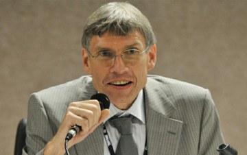 """Segundo diretor da OIT no Brasil, Peter Poschen, entidade """"não proferiu nenhum parecer sobre projeto de lei"""""""