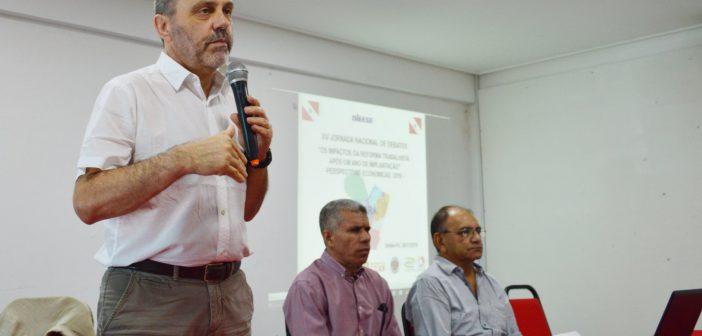 Jornada de debate alerta o trabalhador sobre a implantação da Reforma Trabalhista